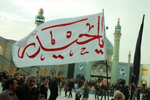 سوگواره سنتی کاشانی ها در حرم هلال بن علی(ع)