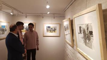 نمایشگاه عباس خنجر