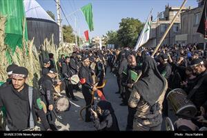 مراسم خیمه سوزاندن عصر عاشورا در کرمانشاه