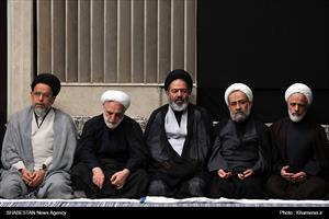 مراسم عزاداری شب شام غریبان حسینی (علیهالسلام) در حسینه امام خمینی (ره)
