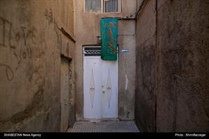 کلیپ/ پرچم های حسینی بر سر در خانه ها