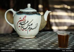 کلیپ/ رسم دلدادگی در بزرگترین موکب اربعین حسینی
