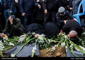 تشییع و خاکسپاری شهدای سانحه هوایی در همدان