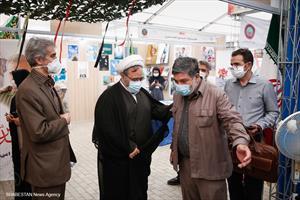 بازدید دکتر ارزانی از نمایشگاه دستاورد های دفاعی