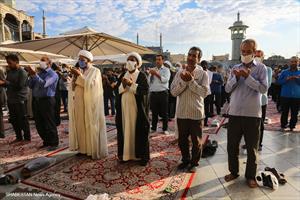 اقامه نماز عید قربان در حرم حضرت معصومه(س)